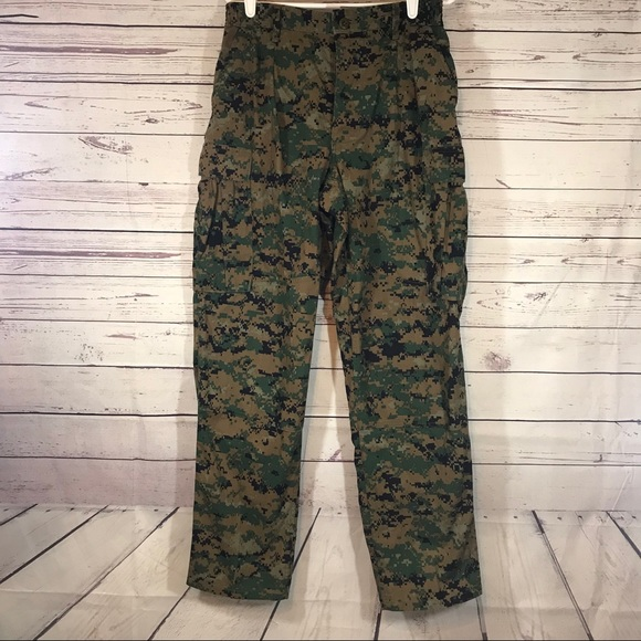 Authentic Army Issued Camo Fatigues sz M 30X32 1085e71936d